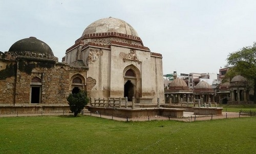 Tughlaqabad Fort Tour Guide