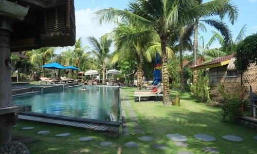 Seminayak Bali Travel Guide