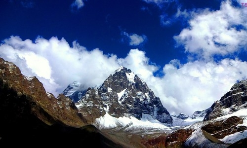 ManiMahesh Yatra in Pictures - Stunning Pictures of Manimahesh Yatra