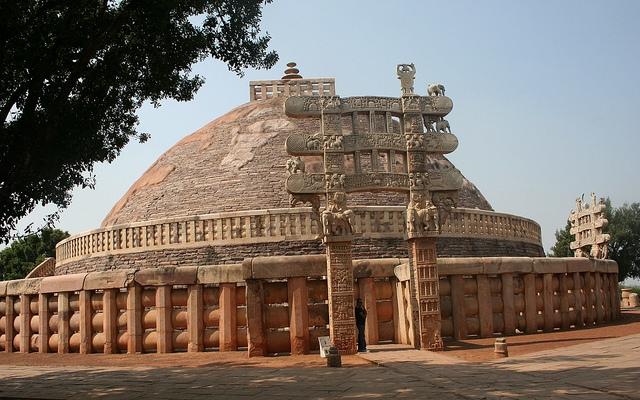 Sanchi Stupa Tourist Guide - Most Ancient Buddhist Stupa in world in 3BC
