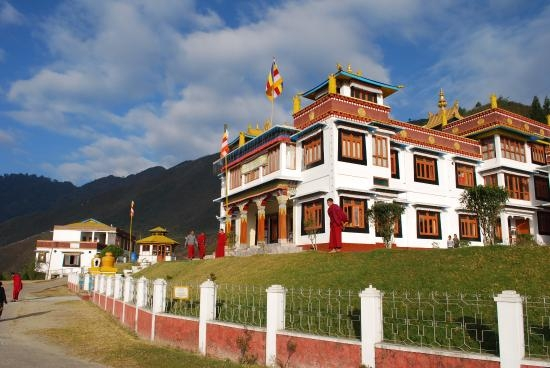 Bomdila Tourist Guide – A Gateway to Tawang India