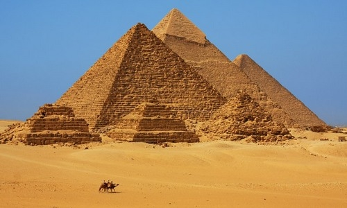 Giza pyramids Tourist Guide and Packages