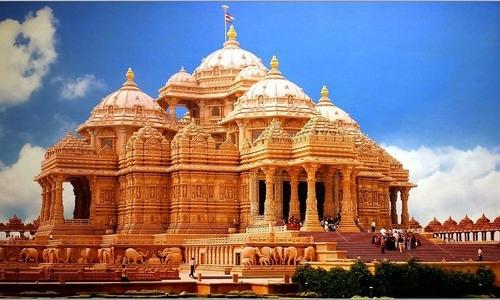 Akshardham Temple Delhi Tourist  Guide