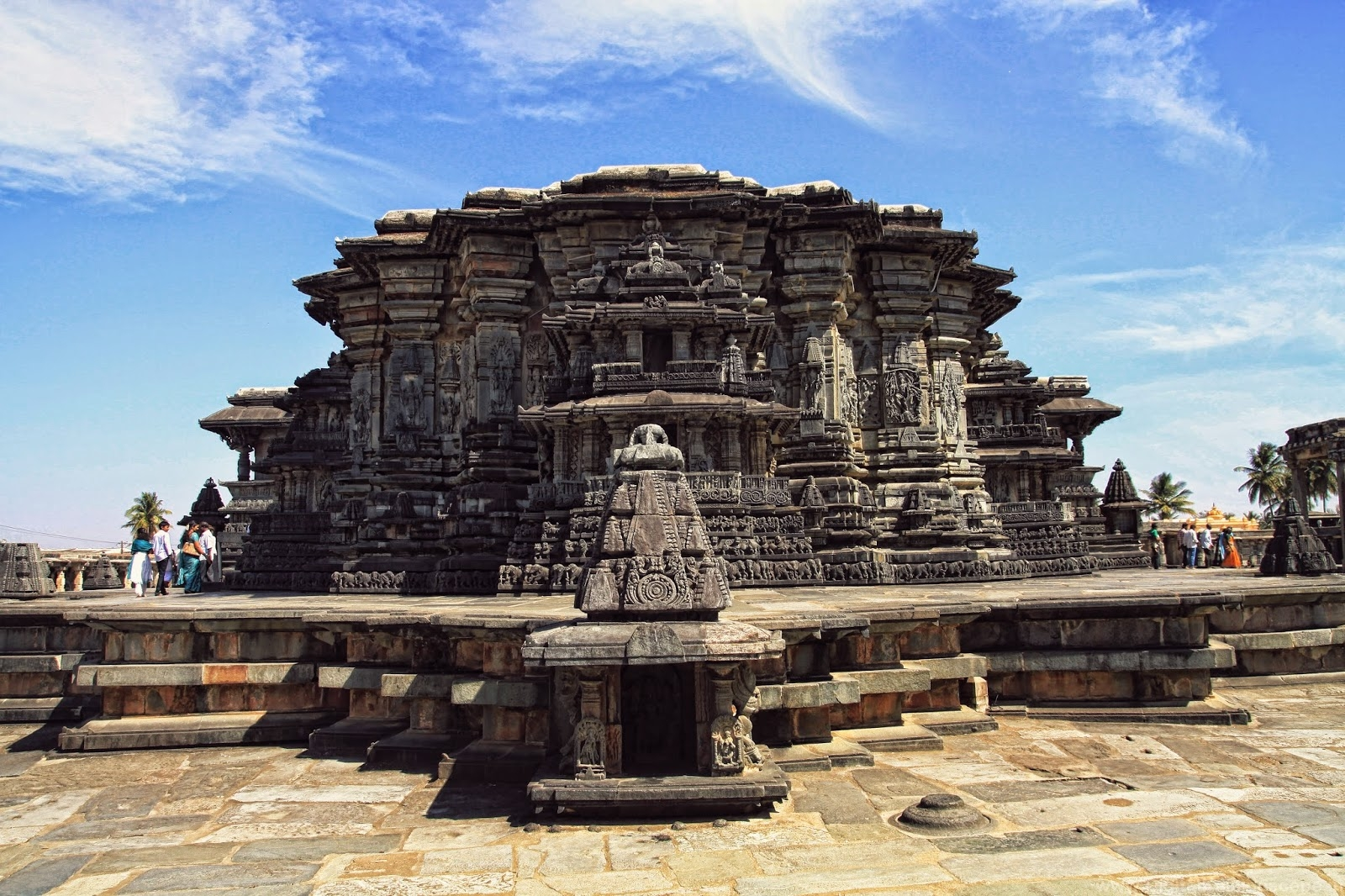 Belur Tourist Guide - Land of Temples and Kings