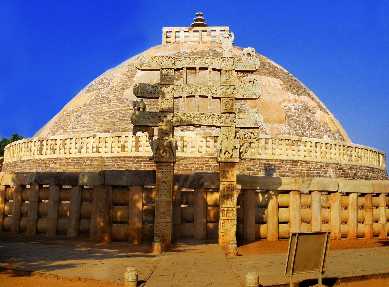 Incredible India  Tour of 15 Days Royal and Wild Side- Covers Delhi Agra Jaipur Kanha National park Mumbai