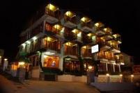 Apple Green Resort Holiday Honeymoon Package
