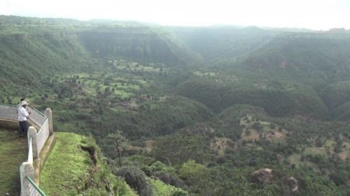 Tamia patalkot pachmarhi tour package