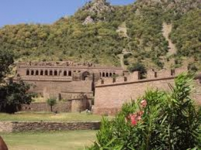 Bhangarh fort and Sariska Tour Package - Weekend Package to Top Haunted Fort & Best National park