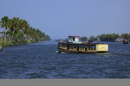 The Mysteries of Kerala Package - Cochin - Munnar - Alleppey - Varkala - Cochin