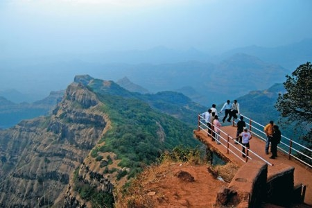 Mahabaleshwar Family Tour Package