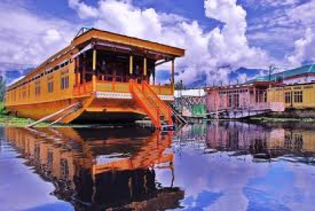 Cheap Flights Booking Srinagar Leh