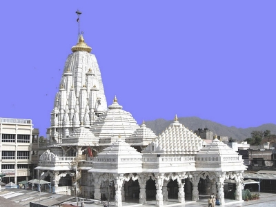 Kamakhya Devi  Darshan tour from Kolkata with Dakshineswar Kali & Belur Math