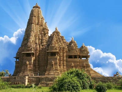 Khajuraho - Orchha Tour Package from Delhi
