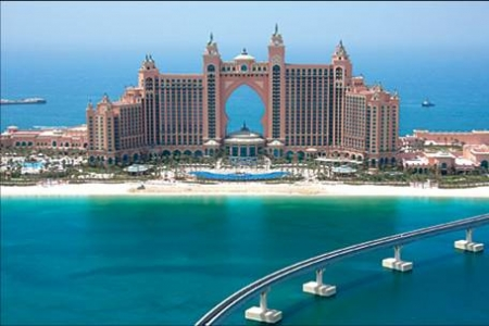 Atlantis the Palm hotel Dubai Luxury Holidays - Why holiday in Atlantis before you die