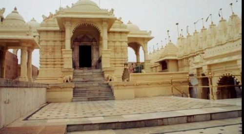 Magic of Gujrat package Vadodara – Dwarka – Rajkot – Palitana