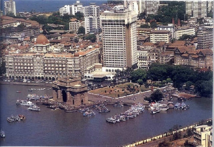 Mumbai Holiday Package with Ancient sculptures Elephanta Caves Island