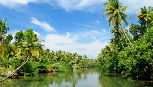Great Holiday ( Delhi, Agra, Mumbai, Goa, Munnar, Alleppey, Trivendrum, Kanyakumari, Chennai, Kolkata)