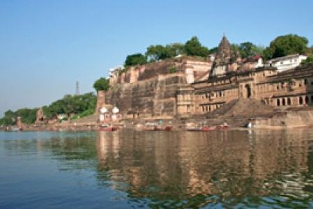 Narmada Retreat package with Maheshwar & Mandu