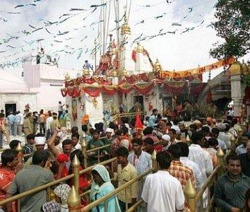 5 & 7 Devi Darshan Tour in Himachal-Chintpurni Jwalaji Kangra Chamunda Naina Devi Vaishno Devi