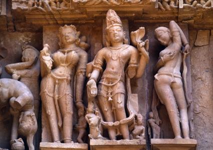 Khajuraho Tour from Mumbai with Agra Varanasi Jaipur
