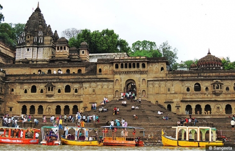 Ahilya Fort Maheshwar Package with Mandu