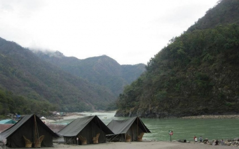 Shivpuri Beach Camp Tour Package - Camping with River rafting in Gangs River