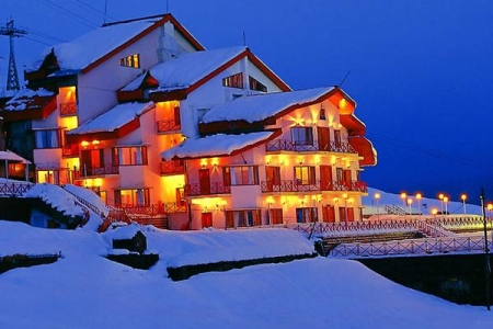 Auli Honeymoon Holiday Travel Package