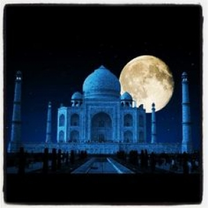 Taj Mahal Full Moon Night Tour Package