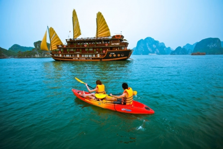Hanoi – Halong bay boat trip - overnight in Halong city from India