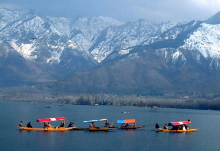 Srinagar Kashmir tour package from Bhopal Indore MP