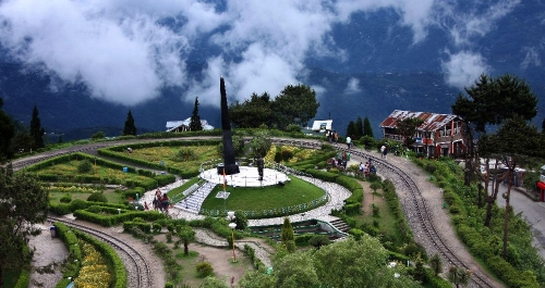 Darjeeling Holiday Tour Package – Abundant Natural Beauty of West Bengal