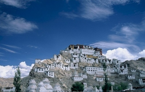 Ladakh Tour with Pangong Lake, Thicksey, Khardung La Pass, Changa La Pass, Nubra Valley