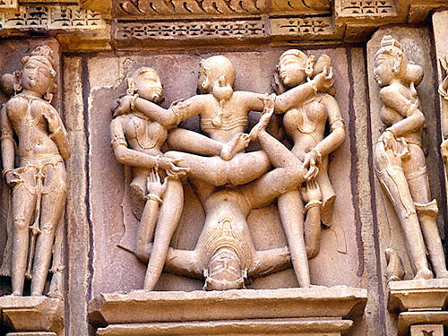 Khajuraho Taj Mahal Tour Packages
