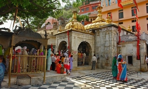 Chintpurni Devi Tourist Guide Devi Darshan Packages 2017