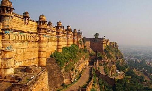 Narsinhgarh Fort Tourist Guide