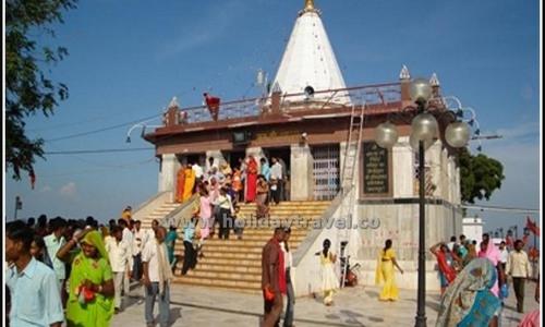 Maihar Devi Shaktipeeth & Chitrakoot Dham - 1063 steps to divinity