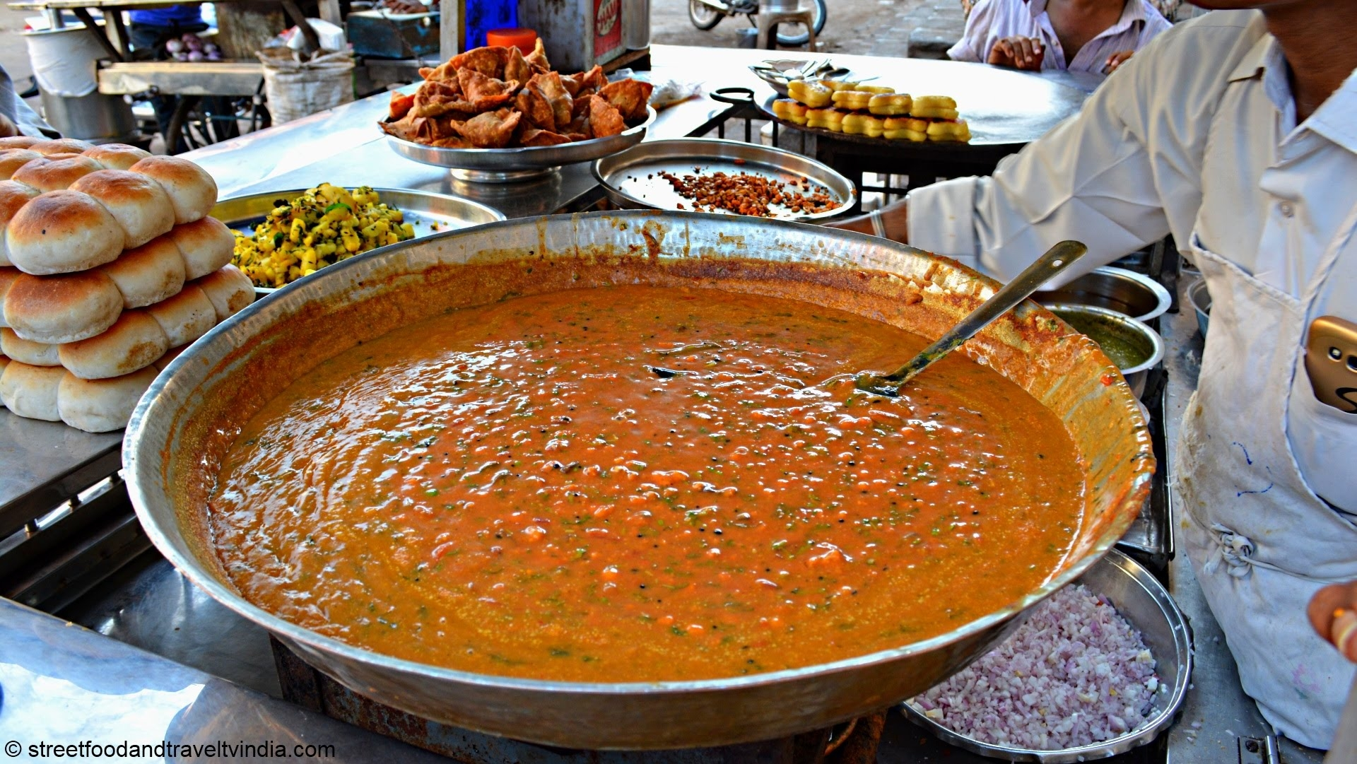 India Top 25 Foodie Destinations