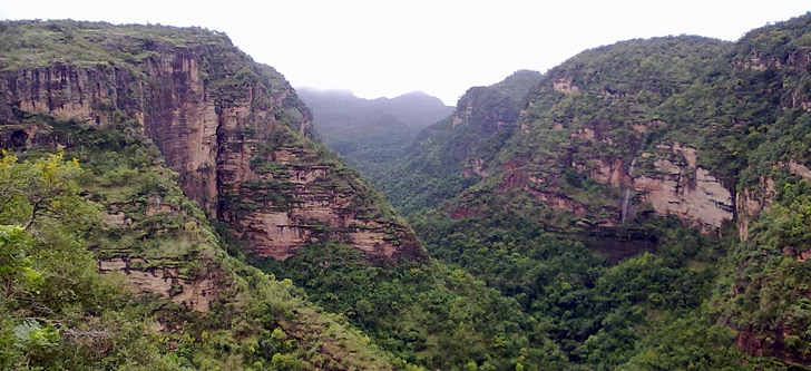 Pachmarhi Tourist Guide - India Holidays filled with  Love, Music & Trance