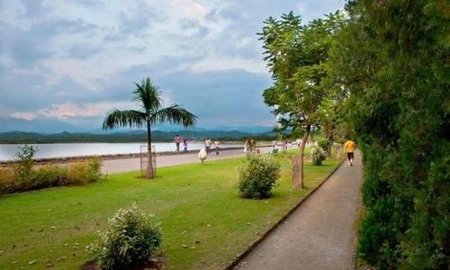 Chandigarh Tourist Guide