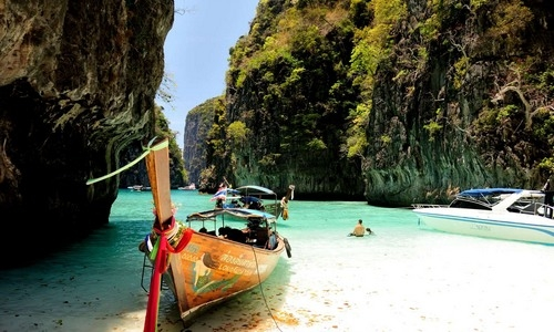 Phuket Tourist Guide