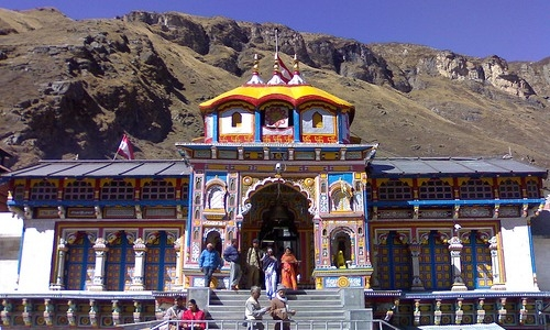 Guptkashi - Gateway to Char Dham Yatra & Ancient temple of   2nd Kashi Vishwanath