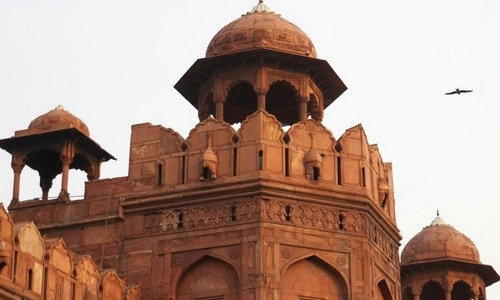 One Day Delhi Tour by Walking , Taxi & Cycle Rickshaw covering Chandni Chowk-Red Fort-Jama masjid -Raj Ghat-Qutub Minar - The Gems of Old and New Delhi in One Day