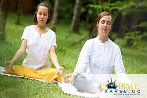 Top 4 Meditation, Yoga & Ayurveda Destinations in India