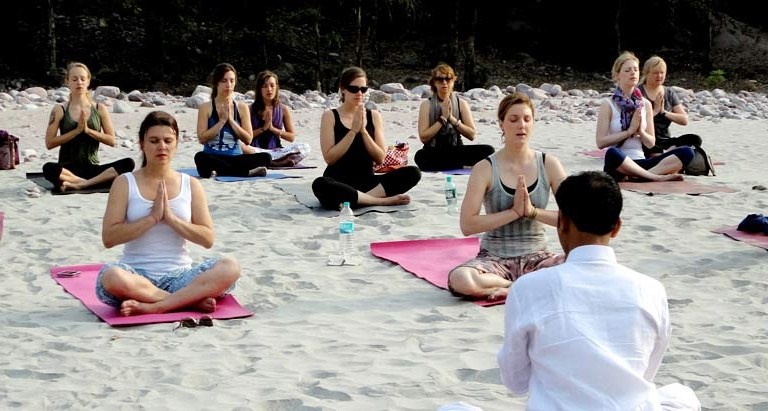 Rishikesh - Top Ashrams in Rishikesh for Meditation Yoga Healthy Living