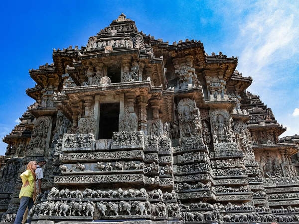Hassan Tourist Guide – Scared Temple City of Karnataka