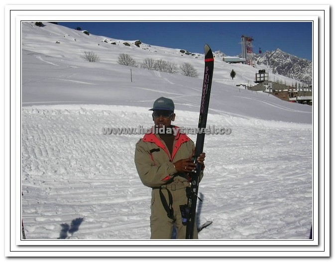 Auli - Ski Trainer - A Great teacher as well as adventurous Guy
