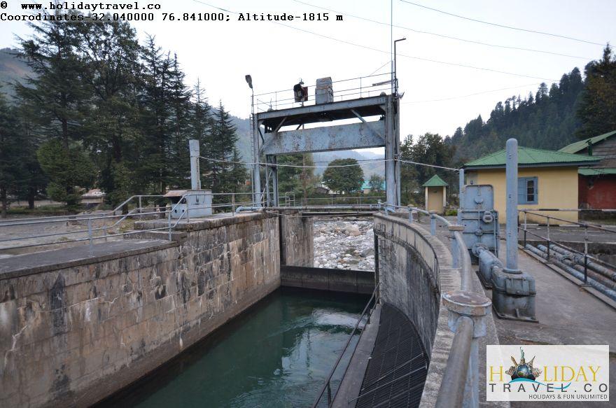 Barot-Dam-Barge