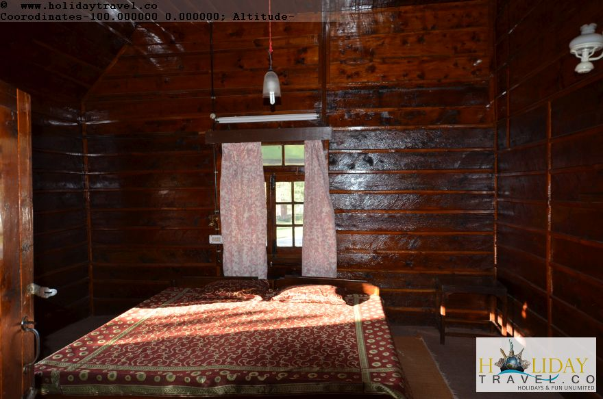 Barot-Himachal-BedRoom-All-Made-By-Wood