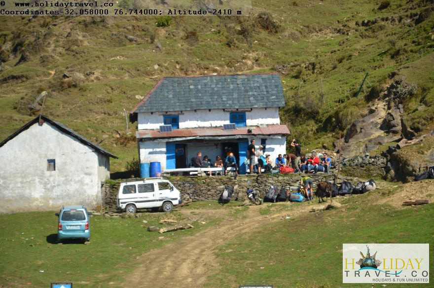 Billing-World-Top-Paragliding-Site-Coffee-Tea-Shop-Billing-top
