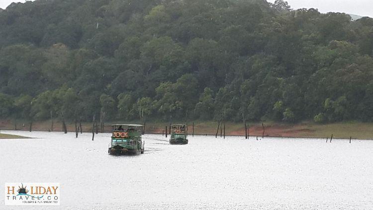 Boating-Trip-PeriyarLake